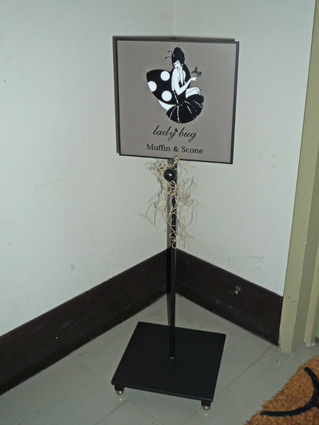 sign stand02